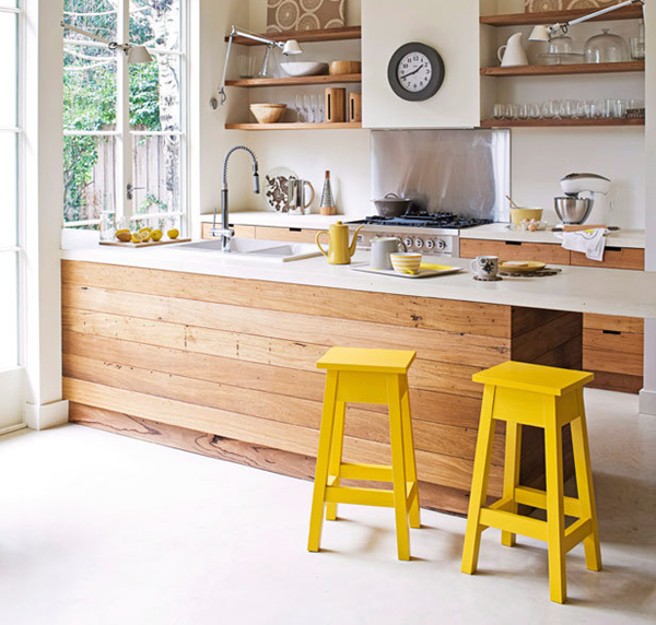http://www.redonline.co.uk/living/decorating-ideas/using-colour